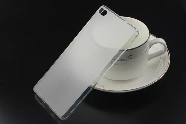Накладка KissWill силиконовая для Huawei Ascend P8 Lite прозрачно-белая