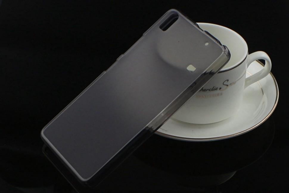 Накладка KissWill силиконовая для Lenovo S8 A7600 прозрачно-черная